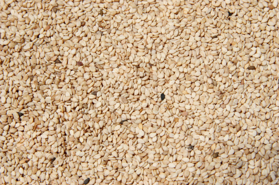 Buy Natural White Small Sesame Seeds