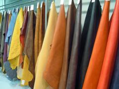 Vegetable tanned cow crust leather drum dyed